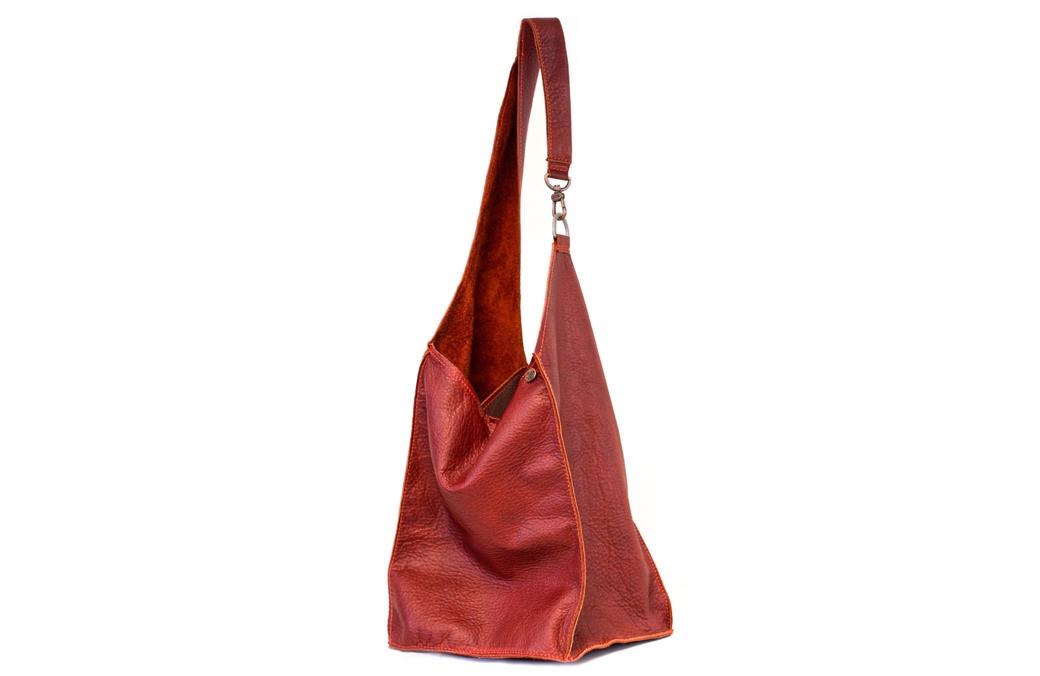 geanta maro roscat cu carabina
