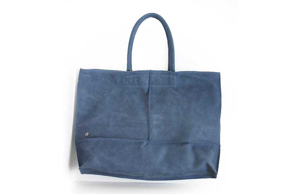 geanta mare albastra