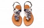 sandale cu flori argintii