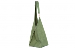 geanta verde cu carabina