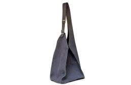 geanta gri inchis cu catarama